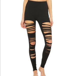 ALO Extreme ripped warrior leggings